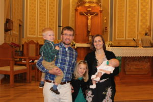 Shelby Hunke family of five